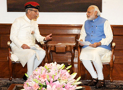 A delegation from Aligarh Muslim University led by the Vice Chancellor, Lt. Gen. Zameer Uddin Shah calls on the Prime Minister, Mr Narendra Modi in New Delhi on March 5, 2016.